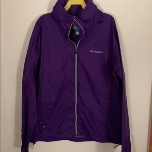 Women Columbia rain jacket